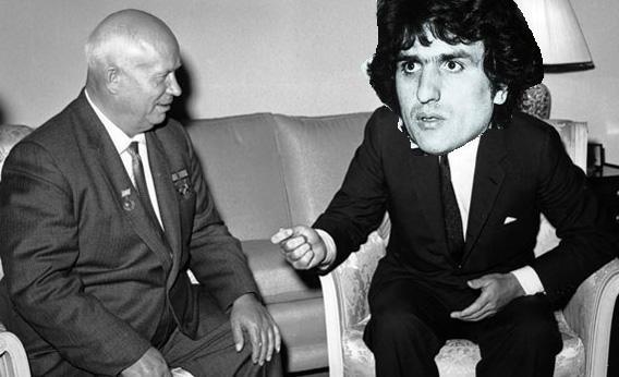 Toto e Kruschev. Kruschev aveva una testa più piccola del normale all'epoca (courtesy of toto.da.ru)